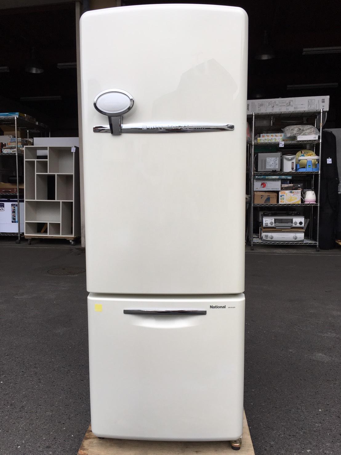 ナショナル製の冷蔵庫(NR-B162R-W)