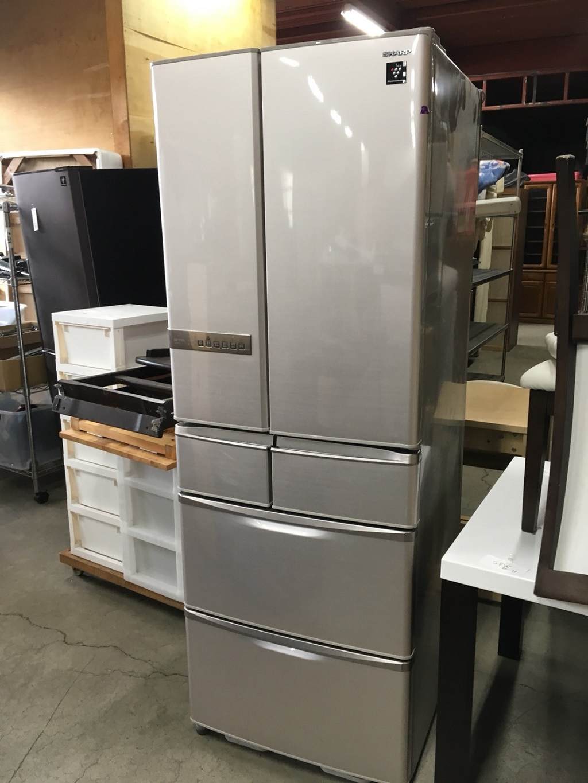 シャープ製のノンフロン冷凍冷蔵庫